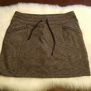 Athleta skirt size M